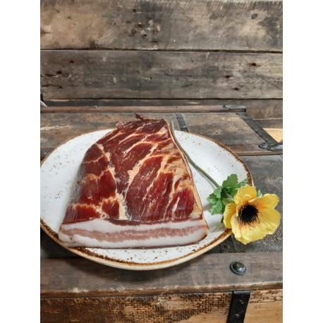 Oravská slanina tradične údená